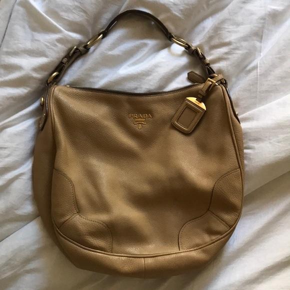 PRADA Vintage Nude Leather Hobo Bag. M 5aaed963daa8f608b76d13e5 2a3d69deb9